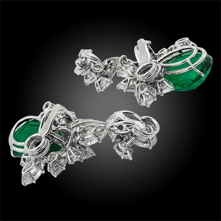 Harry Winston Pear Shaped Emerald, Diamond Earrings In Good Condition In New York, NY