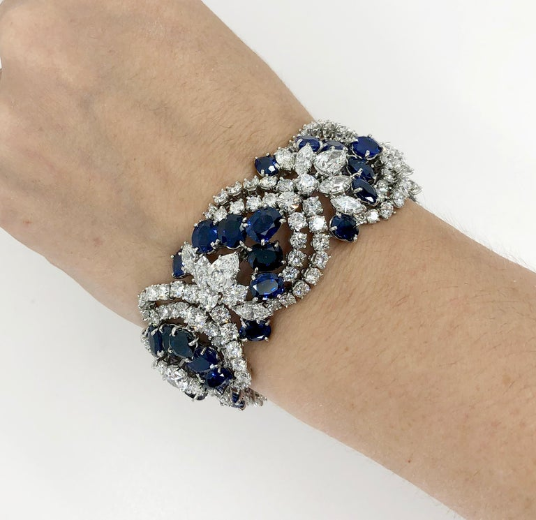 Round Cut Harry Winston Sapphire Diamond Articulated Bracelet For Sale