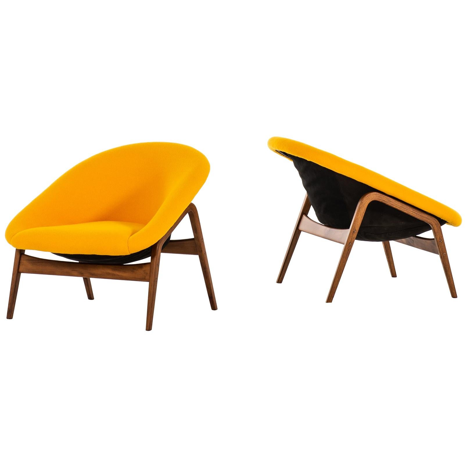 Hartmut Lohmeyer Easy Chairs Model Columbus Produced by Artifort
