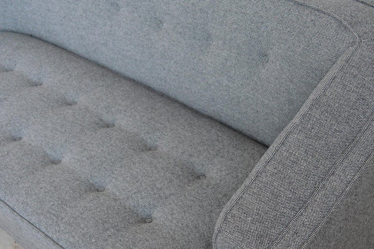 Harvery Probber Large Angled One-Arm Sofa In Excellent Condition For Sale In Highland, IN