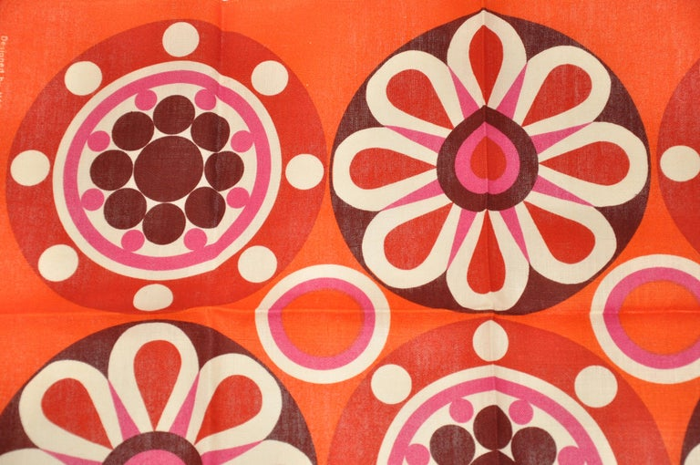 Harvey Lago for Link - Hampson wonderfully vivid bright tangerine Irish Linen Tablecloth features multicolors of circular & floral spread. This item measures 31 inches by 21 inches. Made in Ireland.