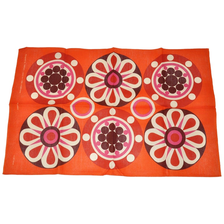Harvey Lago for Link - Hampson Vivid Tangerine Irish Linen Tablecloth For Sale