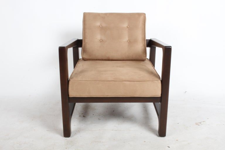 Harvey Probber Asymmetrical Lounge Chair In Good Condition For Sale In St. Louis, MO