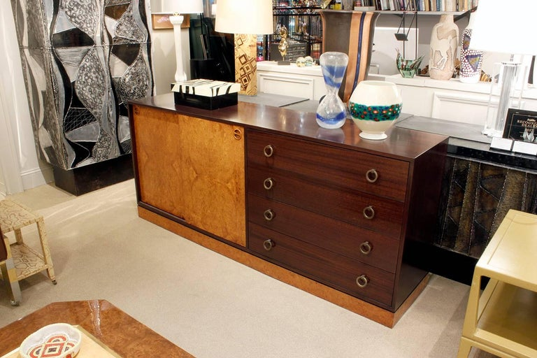 Harvey Probber Credenza with Carpathian Elm Doors and Base 1950s 'Signed' For Sale 4