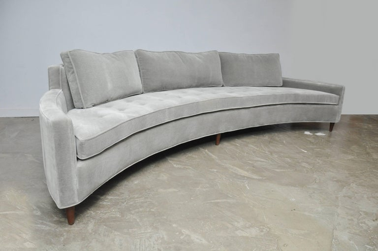 20th Century Harvey Probber Attributed Curved Front Sofa For Sale