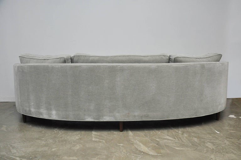 Harvey Probber Attributed Curved Front Sofa For Sale 2