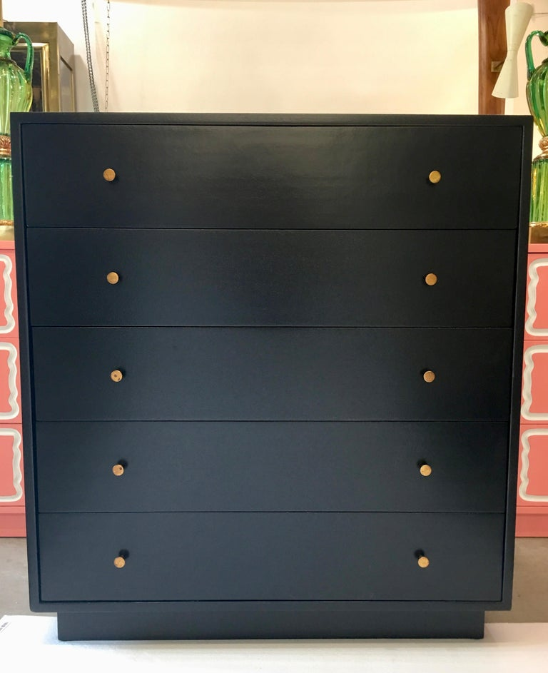 Harvey Probber Five-Drawer Chest In Good Condition For Sale In Hingham, MA