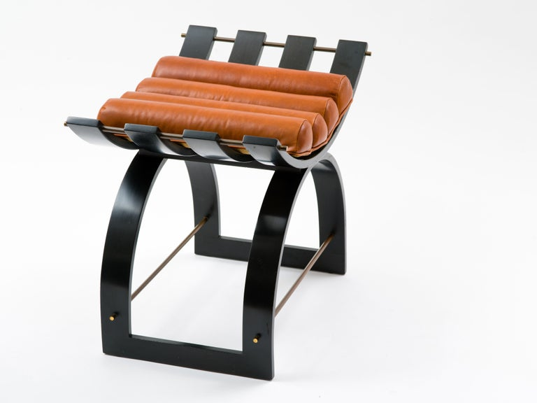 Harvey Probber Knights Bench in Mahogany, Brass and Leather, Signed, 1950s In Good Condition For Sale In Brooklyn, NY