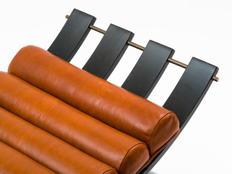 Harvey Probber Knights Bench in Mahogany, Brass and Leather, Signed, 1950s For Sale 2