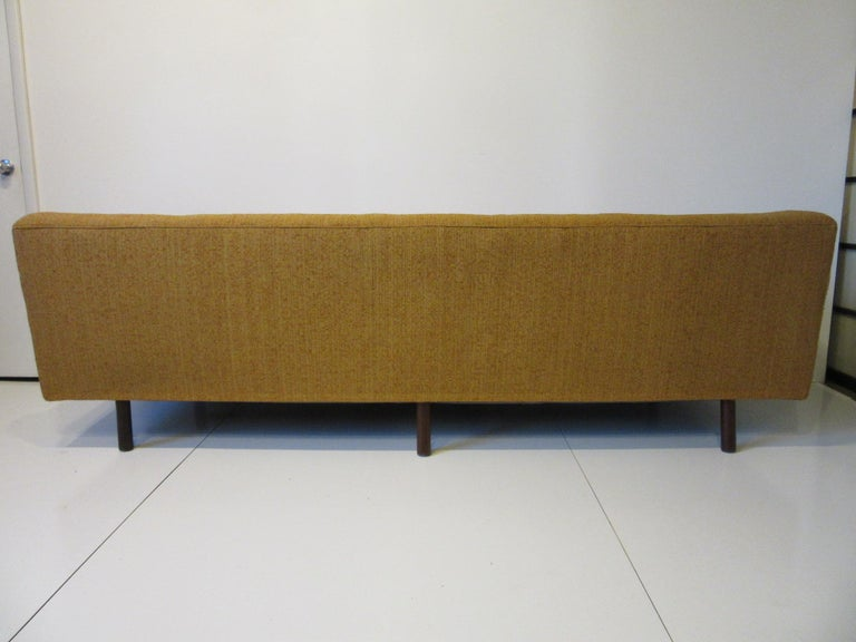 Mid Century Sofa in the style of Harvey Probber For Sale 3