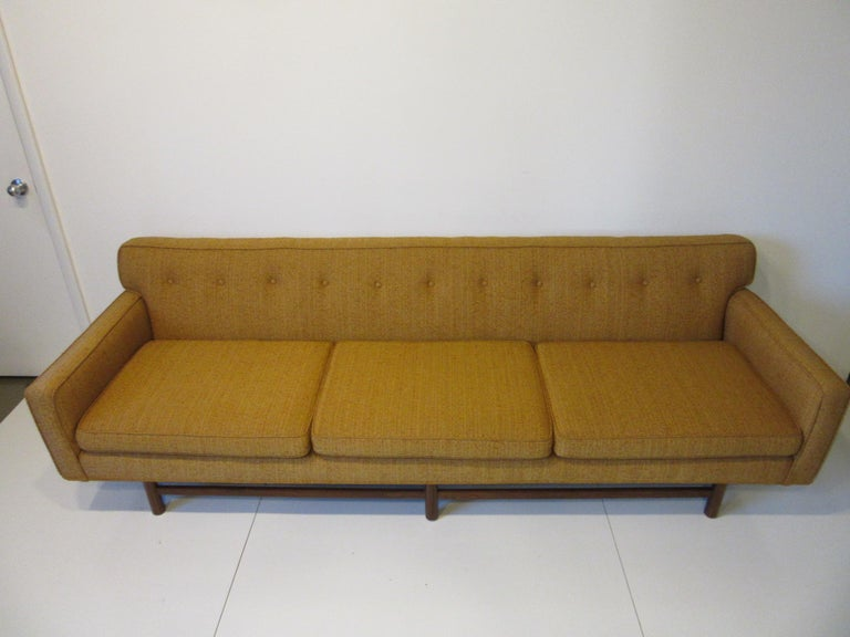 Mid Century Sofa in the style of Harvey Probber For Sale 4
