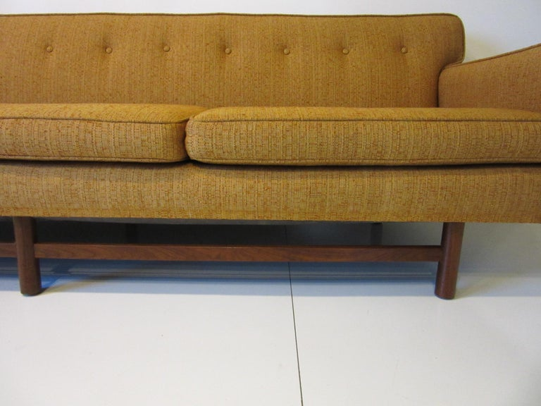 Mid Century Sofa in the style of Harvey Probber For Sale 2