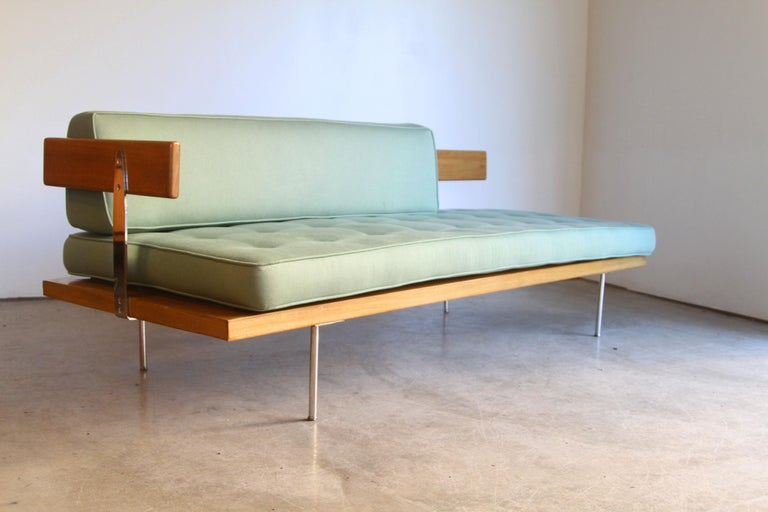 Harvey Probber Sofa Daybed In Good Condition For Sale In St. Louis, MO