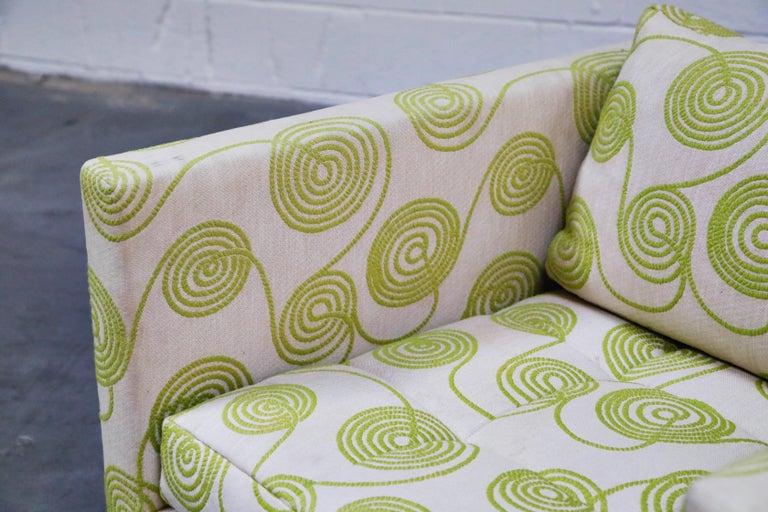 Harvey Probber Swivel Club Chair in Original Fabric, circa 1960, Signed For Sale 3