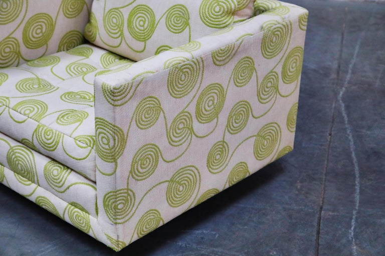 Harvey Probber Swivel Club Chair in Original Fabric, circa 1960, Signed For Sale 4