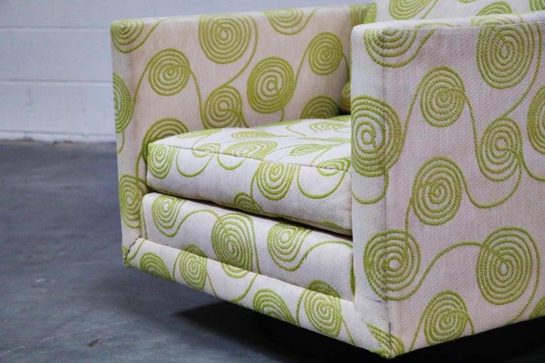 Harvey Probber Swivel Club Chair in Original Fabric, circa 1960, Signed 5