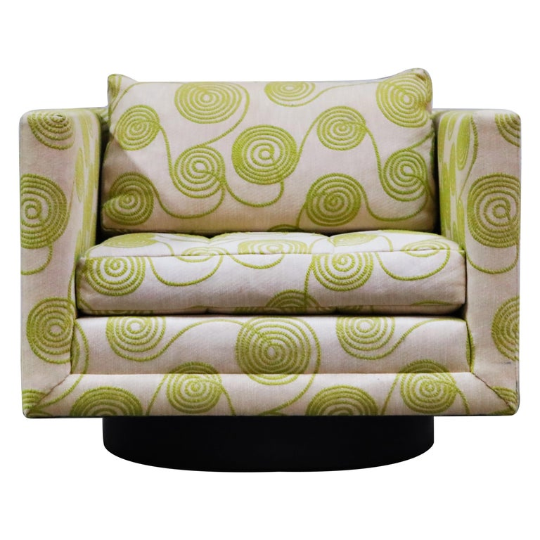Harvey Probber Swivel Club Chair in Original Fabric, circa 1960, Signed For Sale