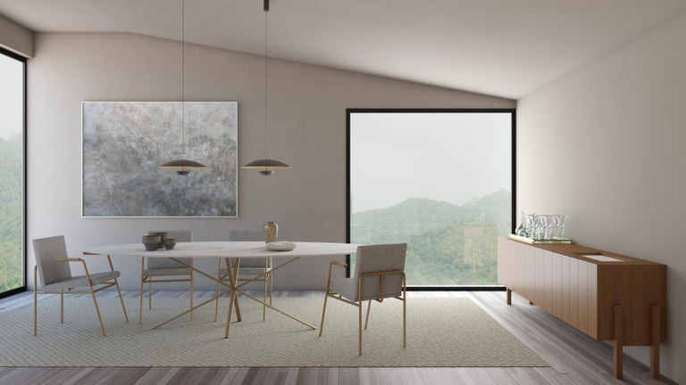The designer Alessandra Delgado has a background in architecture and as so likes to use the challenges sometimes faced on architectural projects in her work. The dining table Hastes was designed having in mind the need that every architect has to