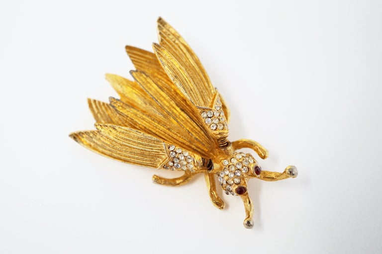 Modern Hattie Carnegie Gilded Insect Trembler Brooch, circa 1940s For Sale