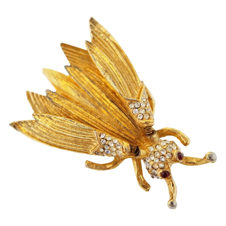 Hattie Carnegie Gilded Insect Trembler Brooch, circa 1940s For Sale