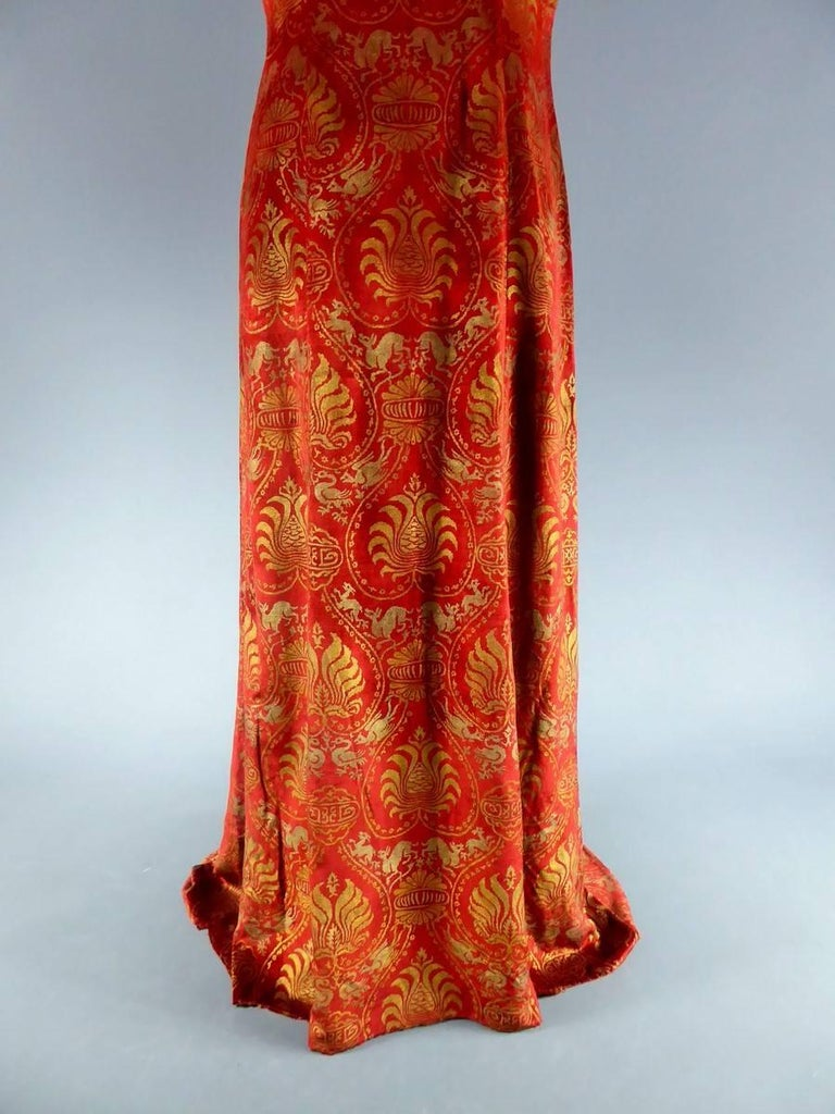 Haute Couture evening dress -attributed to- Maria Monacci Gallenga Circa 1930 In Excellent Condition For Sale In Toulon, FR