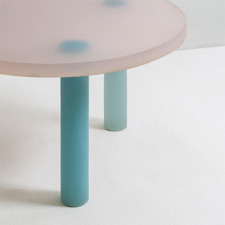 Modern Haze Low Table in White and Blue Resin by Wonmin Park For Sale