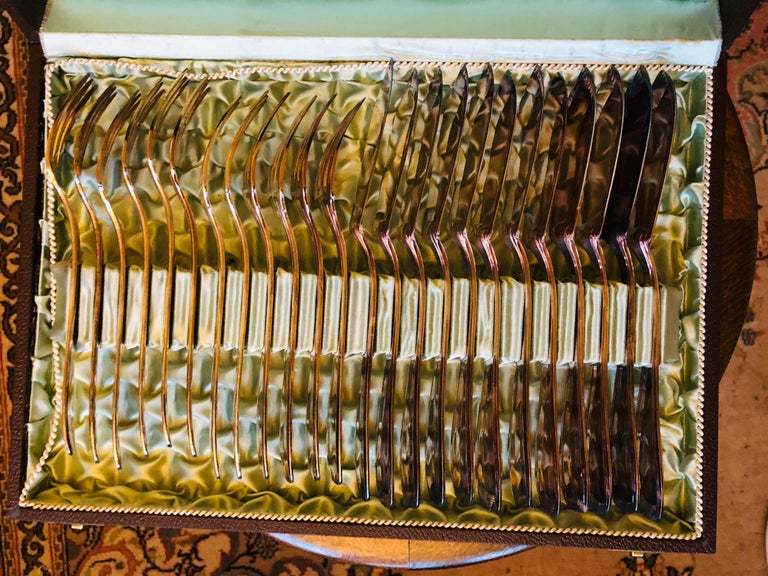 H.Beard Montreux Swiss Flatware Silver Plate Set of 24 for Fish Art Deco SALE In Good Condition For Sale In London, GB