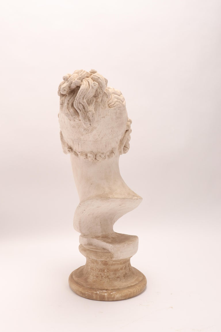 Head of a Women Neoclassic Portrait, Italy, 1890 For Sale 2
