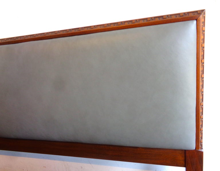Mid-20th Century Rare King-Size Headboard by Frank Lloyd Wright For Sale