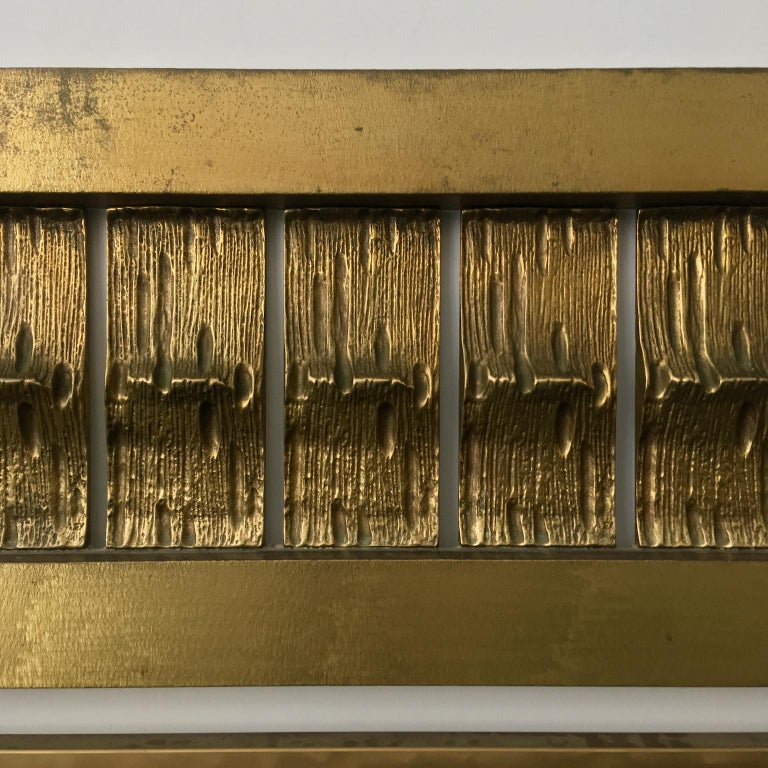 Headboard of Cast and Hammered Brass by Luciano Frigerio, Italy In Good Condition For Sale In London, GB