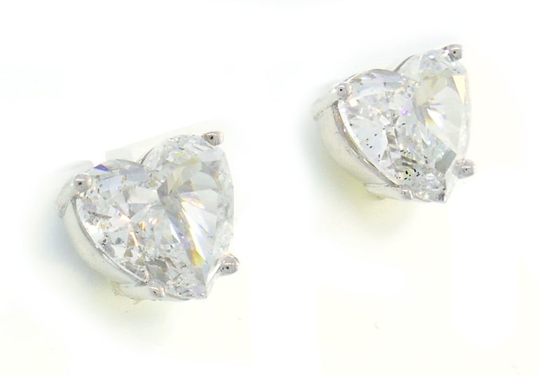Modern Heart Diamond White Gold Stud Earrings For Sale