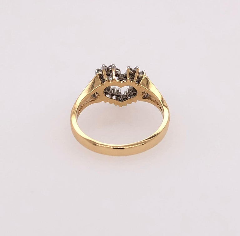 Heart of Gold with Diamond Ring In Good Condition For Sale In Mount Kisco, NY