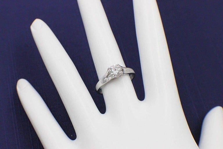 Heart on Fire Round Brilliant Diamond 0.593 TCW G VS2 Solitaire Engagement Ring For Sale 1