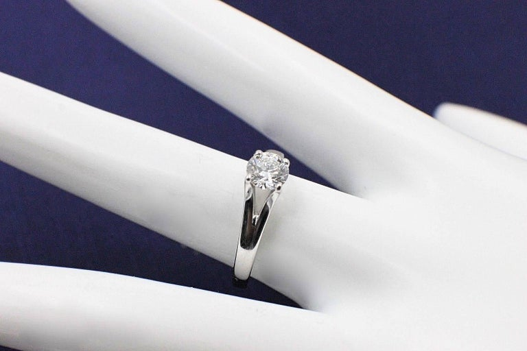 Heart on Fire Round Brilliant Diamond 0.593 TCW G VS2 Solitaire Engagement Ring For Sale 2