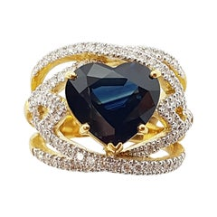 Heart Shape Blue Sapphire with Diamond Ring Set in 18k Gold Settings