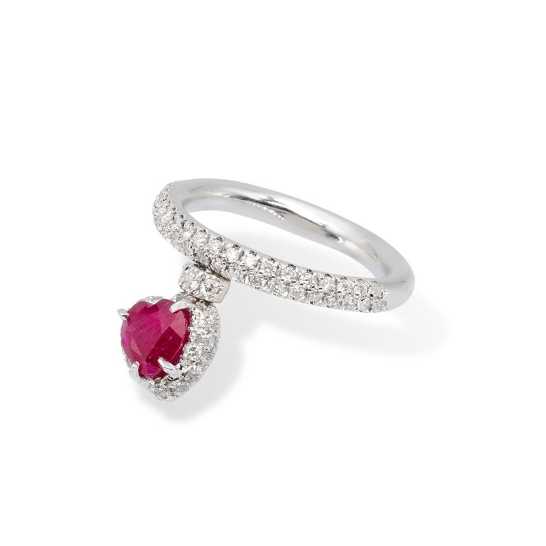 Heart Shape Ruby Ring with Diamonds from d'Avossa True Love Collection In New Condition For Sale In Roma, IT