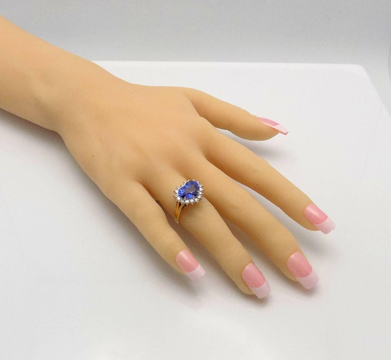 Heart Shape Sapphire and Diamond Ring For Sale 6