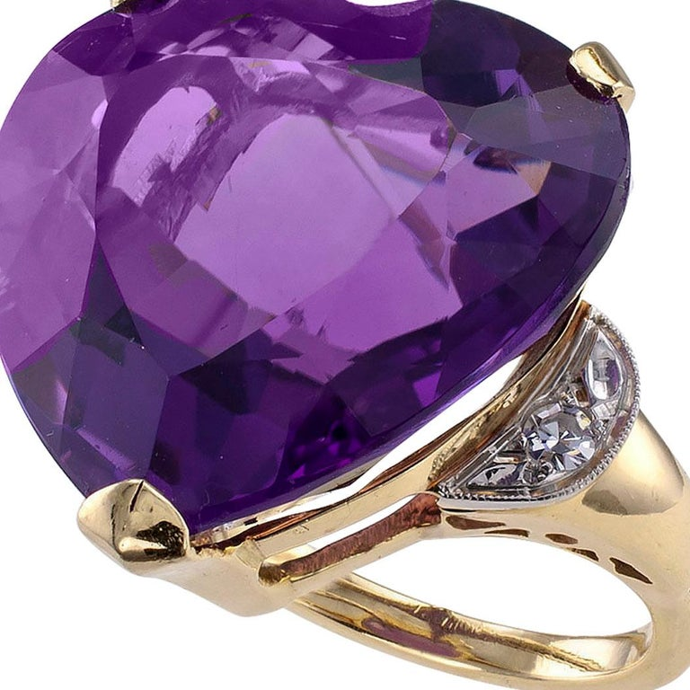 Heart Shaped Amethyst Diamond Gold Cocktail Ring For Sale 2