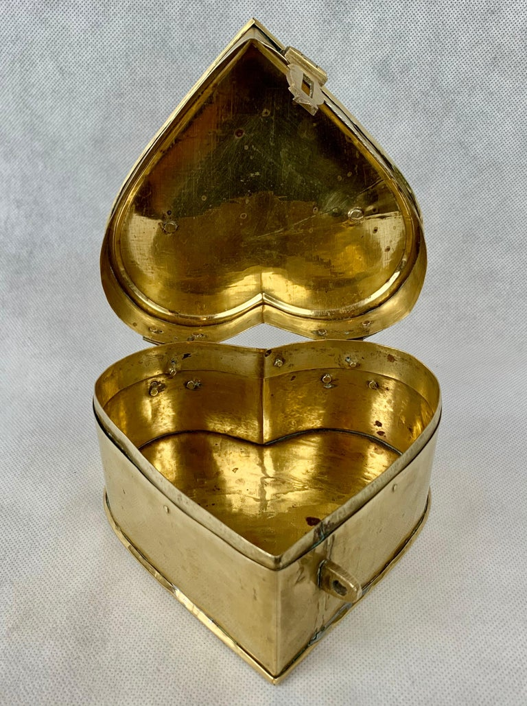 Unknown Brass Heart Shaped Vintage Hinged Box with Fold Down Handle