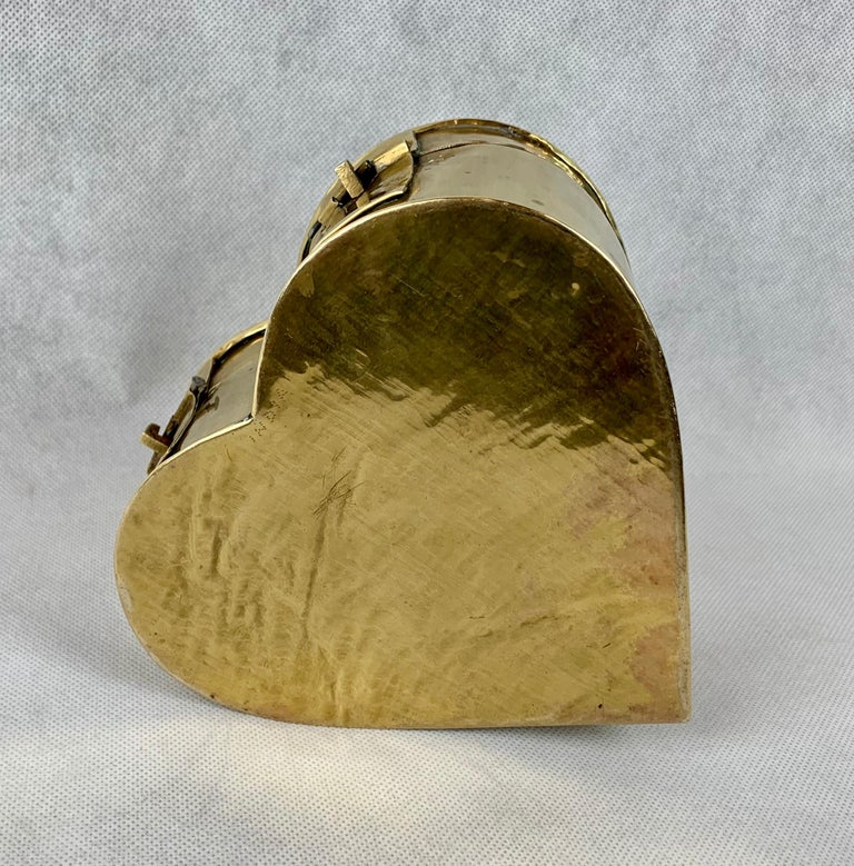 Brass Heart Shaped Vintage Hinged Box with Fold Down Handle In Good Condition In West Palm Beach, FL