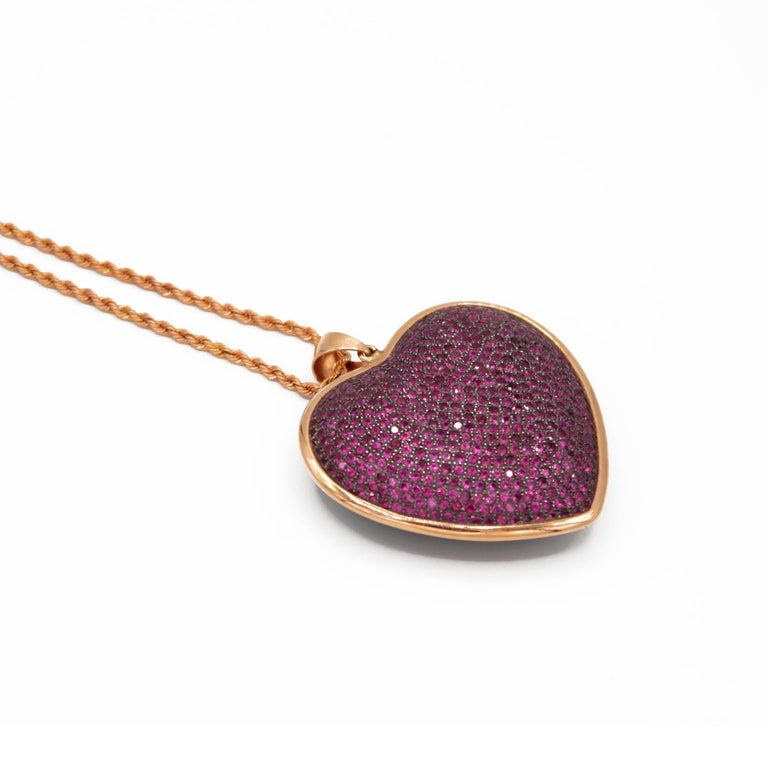 Heart Shaped Pendant in Rubies Pave and 18 Karat Pink Gold In New Condition For Sale In Torre del Greco, IT