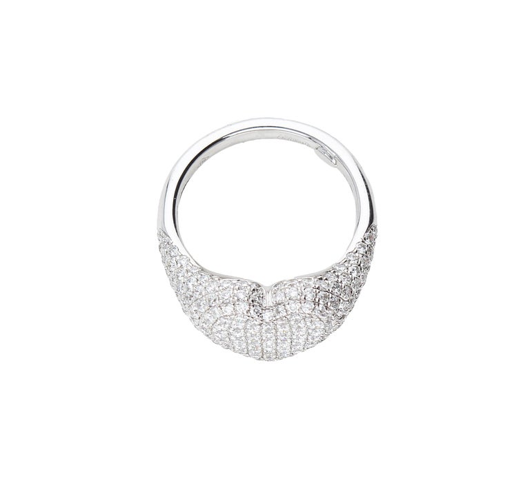 Heart-Shaped Ring with 1.75 Ct Diamond Pavè, 18 Kt White Gold Ring For Sale 8