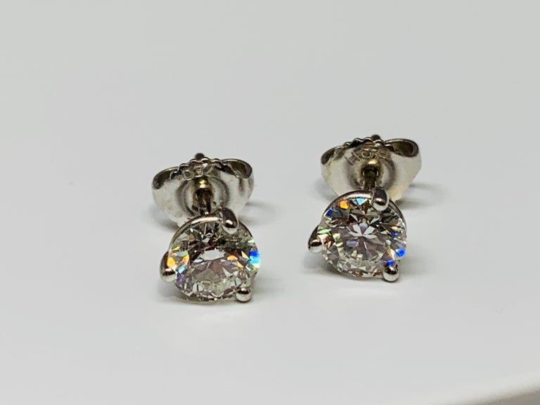 6fedd0e1e Contemporary Hearts on Fire 18 Karat White Gold 1.50 Carat Total Weight  Diamond Stud Earrings For