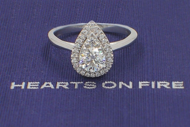 Hearts on Fire Destiny Teardrop Shape Halo Engagement Ring Round 0.88 Carat For Sale 5