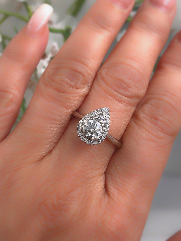 Round Cut Hearts on Fire Destiny Teardrop Shape Halo Engagement Ring Round 0.88 Carat For Sale