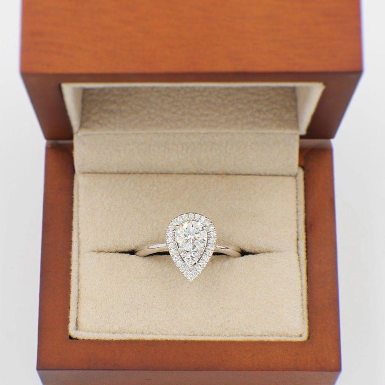 Hearts on Fire Destiny Teardrop Shape Halo Engagement Ring Round 0.88 Carat For Sale 2