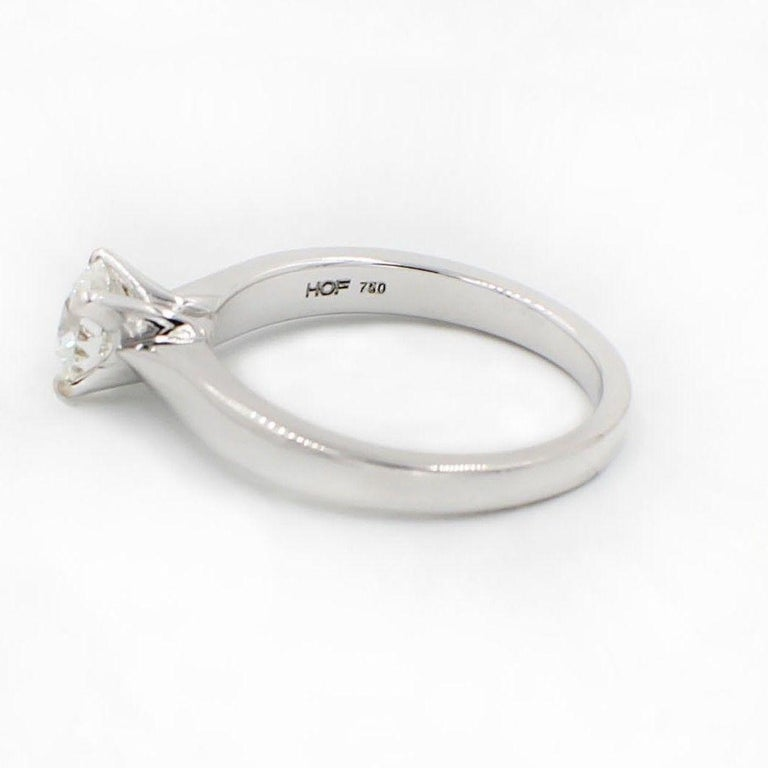 Hearts on Fire Signature Diamond Engagement Ring Round 0.71 Carat 18 Karat Gold For Sale 7