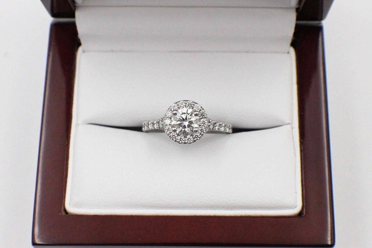 Hearts on Fire Transcend Single Halo Diamond Engagement Ring 1.02TCW in Platinum For Sale 1