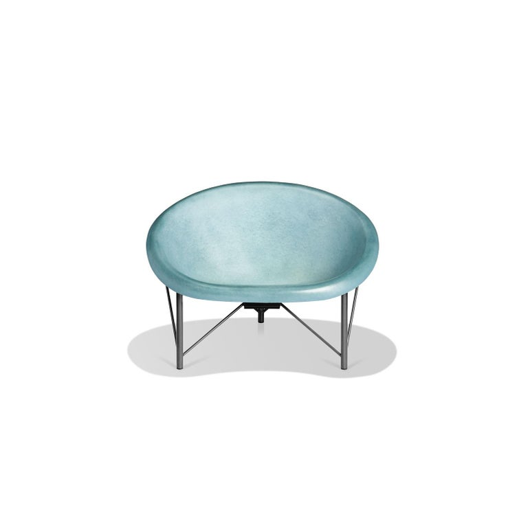 Built for one but big enough for two, the Helios love chair is a revolutionary piece of heated furniture made of cast stone and stainless steel by Galanter and Jones. Smooth like a river rock, the Helios warms your entire body with its efficient and