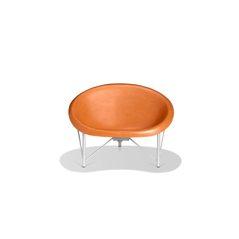Built for one but big enough for two, the Helios Love Chair is a revolutionary piece of heated furniture made of cast stone and stainless steel by Galanter & Jones. Smooth like a river rock, the Helios warms your entire body with its efficient and